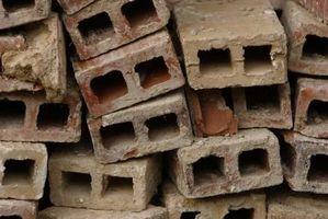 Hvordan laver man mursten derhjemme med jord & halm