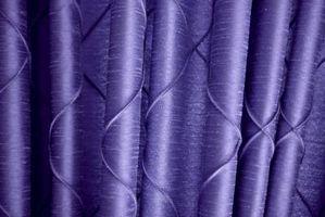 Gardin ideer med lilla vægge