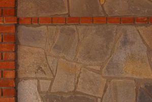 Hvad mørtel betyder: Hvordan til at dække en pejs med skifer sten