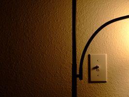 DIY: Hvordan man Wire en Switch & lys Diagram