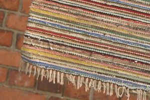 Hvordan man laver en knyttede Rag tæppe