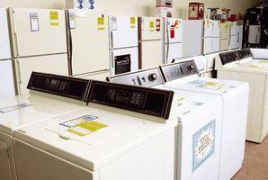 Hvordan at oprette forbindelse til afløb til vaskemaskine