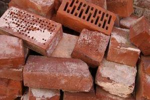 Hvordan til at vælte en mursten pejs