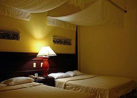 Hvordan man laver suspenderede Bed baldakiner