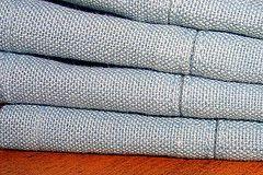 Hvordan man bruger klud servietter til at dekorere