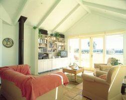 Brun & Pink værelse ideer med reoler