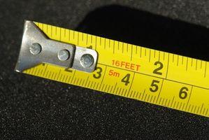 Hvordan man beregner kvadratfod i Inches