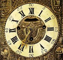 Hvordan til at identificere antikke træ bedstemor ure