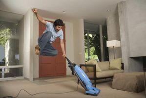 Gør det selv-bælte reparation på en Hoover støvsuger