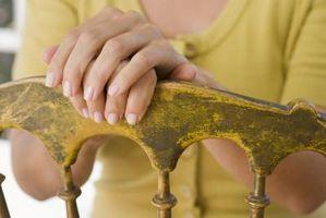 Hvordan til at identificere antikke køkkenstole