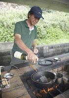 Hvordan man opbygger en mursten Grill med en Gas indsætte