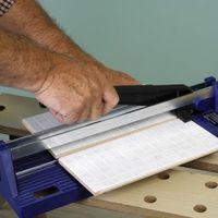 Hvordan man kan skære kommercielle Vinyl fliser