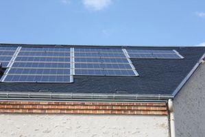 Sådan installeres solfangere i et hus